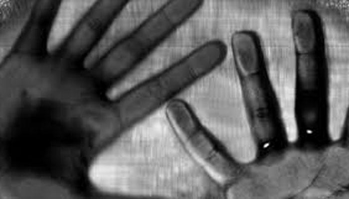 विवाहेतर संबंधों से रोका तो पत्नी ने की प्रवासी पति की हत्या