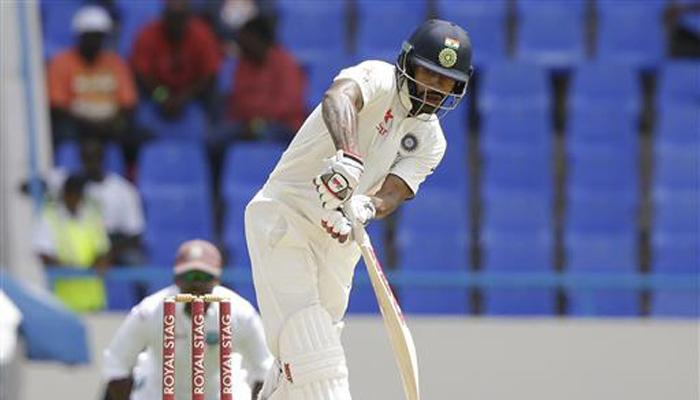 पहले टेस्ट में अच्छा प्रदर्शन करने का श्रेय शिखर ने कप्तान और कोच को दिया