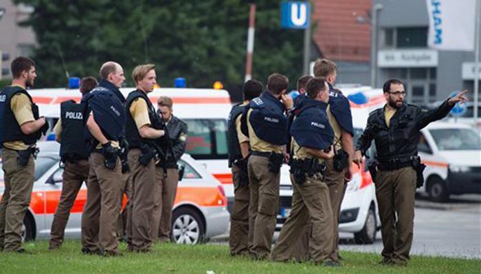 जर्मनी : म्यूनिख के शॉपिंग सेंटर में फायरिंग, कम से कम 6 लोगों के मारे जाने की खबर