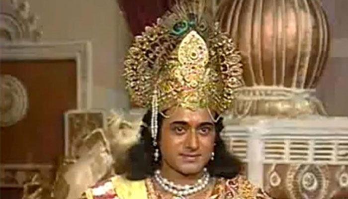 'महाभारत' के भगवान कृष्ण 20 साल बाद फिल्म 'मोहनजोदारो' से कर रहे हैं वापसी