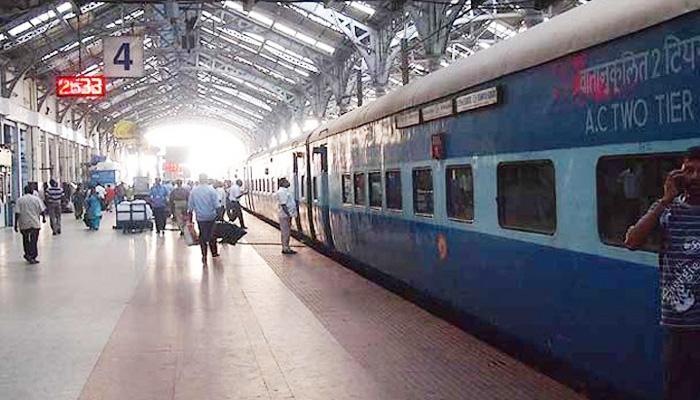 1,000 ट्रेनों में शुरू होगी रेल रेडियो सेवा