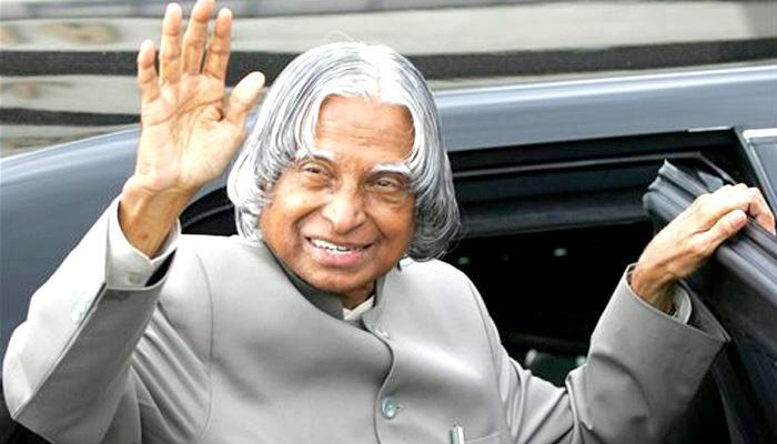 ए पी जे अब्दुल कलाम ने 12 वें राष्ट्रपति पर के चुनाव पर अपने फैसले के लिए तैयार किए थे दो विरोधाभाषी भाषण