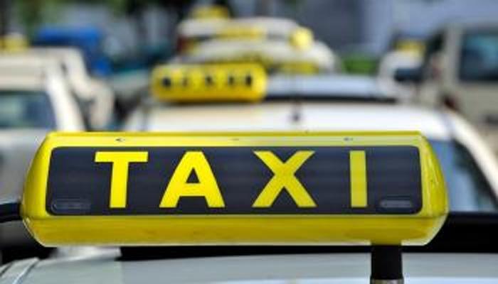 मुंबई में ट्रैक्सी चालक मंगलवार से जा सकते हैं अनिश्चितकालीन हड़ताल पर