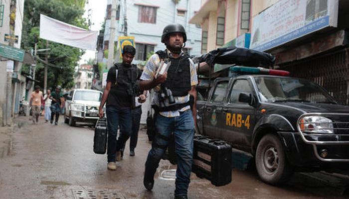 बांग्लादेश: ढाका में छापेमारी, 9 आतंकी ढेर, 2 गिरफ्तार