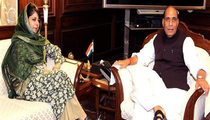 राजनाथ ने कश्मीर के हालात पर महबूबा से की चर्चा