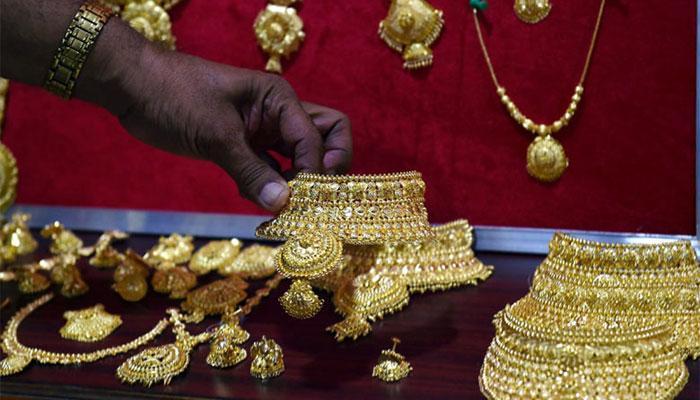 सोना 540 रुपये उछलकर 29 माह में पहली बार 31000 रुपये के पार