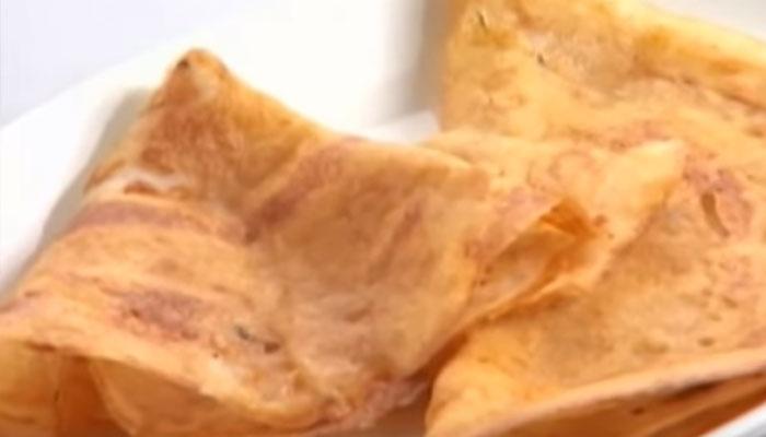 'ब्रेड डोसा' को कुछ इस तरह बनाएं- देखें वीडियो