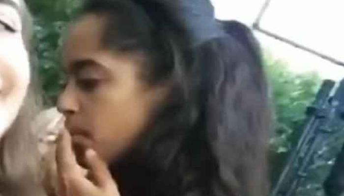बराक ओबामा की बेटी मालिया सिगरेट पीती नजर आईं, वीडियो हुआ वायरल