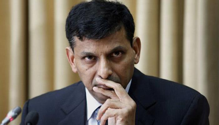 RBI को मुद्रास्फीति पर राजन की नीति जारी रखनी चाहिए: मूडीज