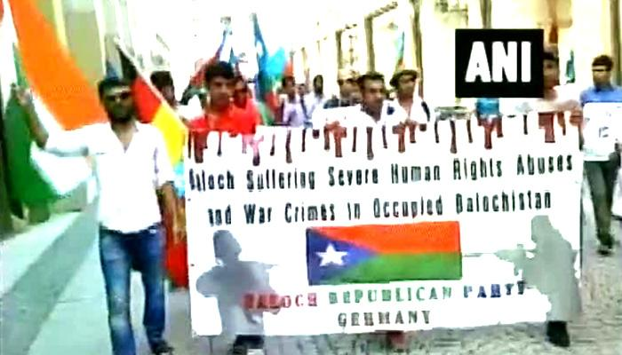 'तुम कितने अकबर बुग्ती मारोगे हर घर से बुग्ती निकलेगा' जर्मनी में किया बलूच नेताओं ने पाकिस्तान के खिलाफ प्रदर्शन