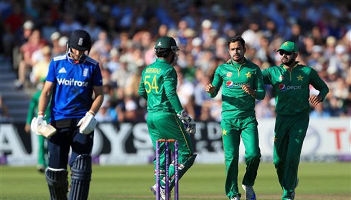 वनडे सीरीज गंवाने के बाद पाक क्रिकेट कैप्टन अजहर अली को बर्खास्त करने की मांग