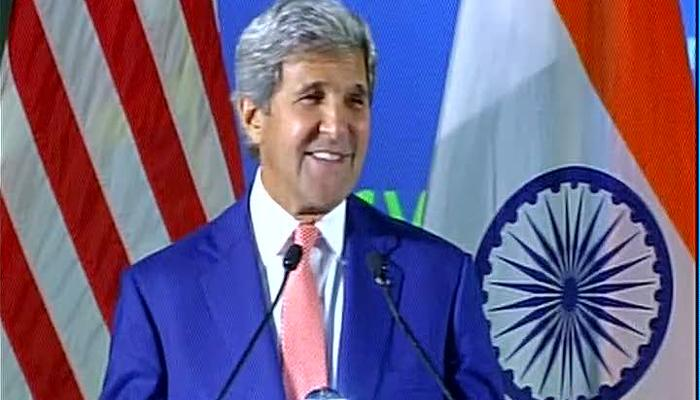 अमेरिकी विदेश मंत्री जॉन केरी ने दिल्ली की बारिश का उड़ाया मजाक, IIT छात्रों से बोले- क्या आप यहां नाव से आए हैं?