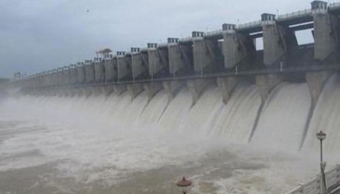 कावेरी विवाद : सुप्रीम कोर्ट के आदेश का पालन करेगा कर्नाटक, तमिलनाडु को पानी जारी करेगा