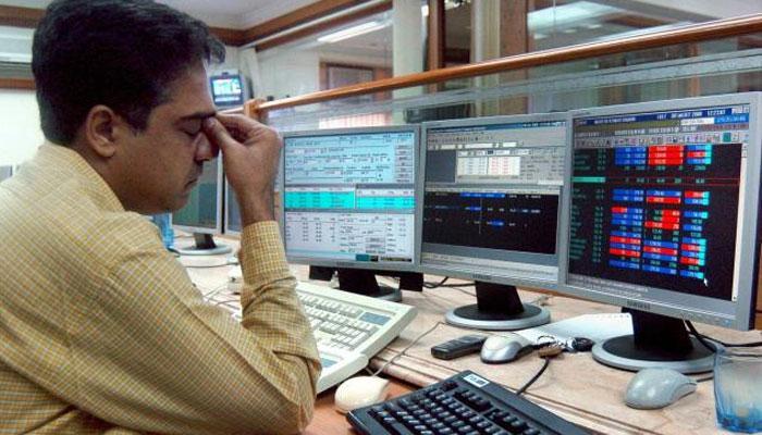 शेयर बाजार में हाहाकार; भारी गिरावट के साथ खुला बाजार, सेंसेक्स 546 अंक गिरा