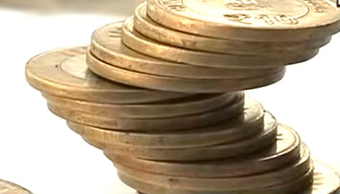 10 रुपये के सिक्के का क्या है सच- देखें ये VIDEO