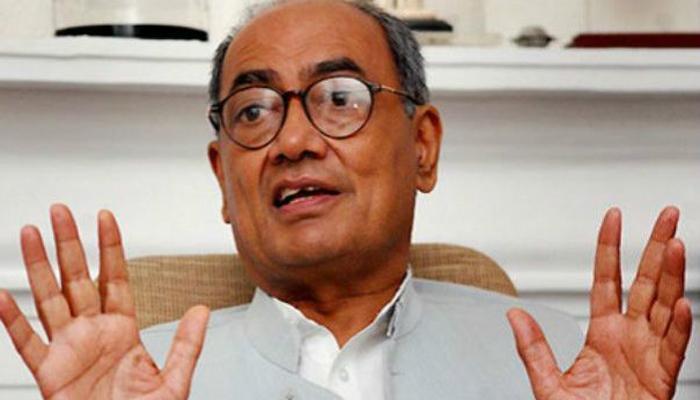 NDA ने मसूद अजहर को रिहा करके राष्ट्रीय सुरक्षा से समझौता किया : दिग्विजय सिंह