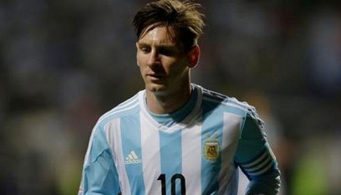 अर्जेन्टीना के कोच ने मेस्सी की चोट पर बार्सीलोना को लताड़ा