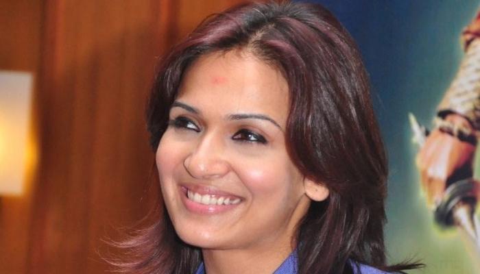 रजनीकांत की बेटी सौंदर्या संग काम करेंगे 'कबाली' के निर्माता थानु