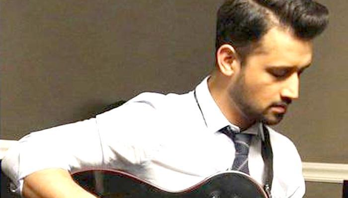लोकप्रिय पाकिस्तानी गायक आतिफ असलम का गुड़गांव का कसंर्ट रद्द