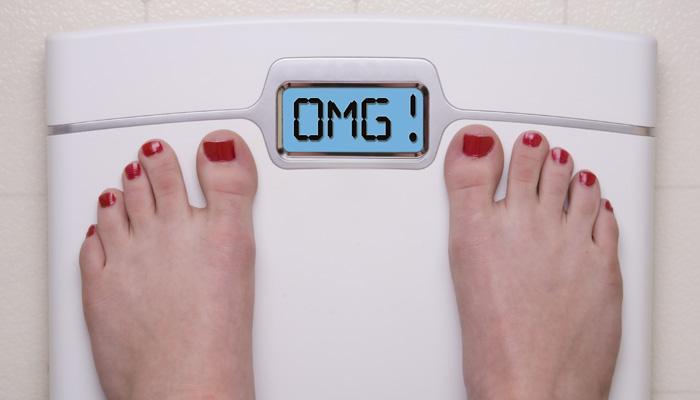 मोटापे को त्योहारों के मौसम में ऐसे रोकें