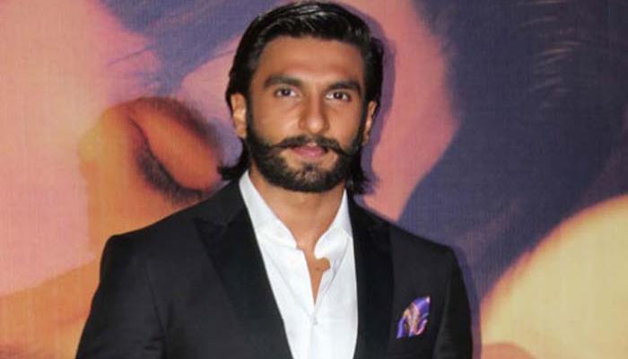 'बेफिक्रे' के अभिनेता रणवीर सिंह ने महिलाओं को बताया दिलेर