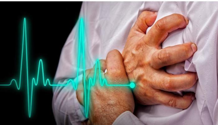 दिल के फेल होने से ज्यादा खतरनाक है दिल का दौरा पड़ना