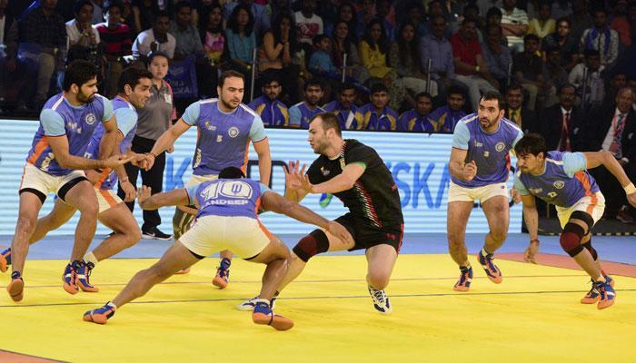 ईरान को हरा भारत लगातार तीसरी बार बना कबड्डी विश्व कप का चैंपियन, PM मोदी ने दी बधाई