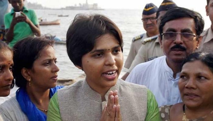 तृप्ति देसाई ने महिलाओं को प्रवेश की अनुमति देने के हाजी अली दरगाह के फैसले को सराहा