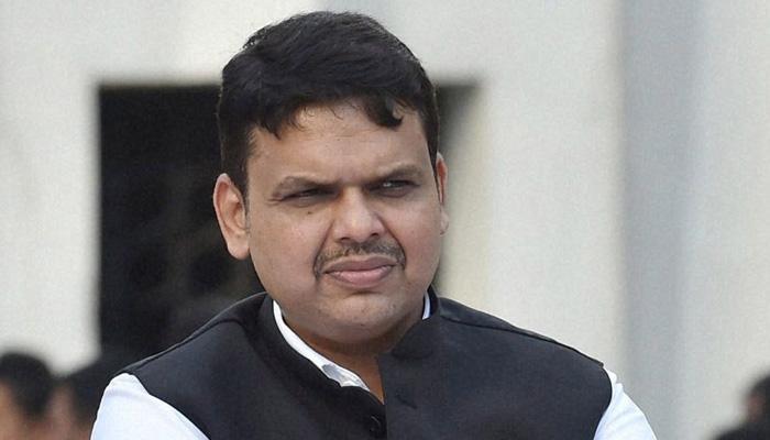 'ऐ दिल है मुश्किल' विवाद: फडणवीस बोले-बैठक में 5 करोड़ रुपये की मनसे की मांग का विरोध किया था