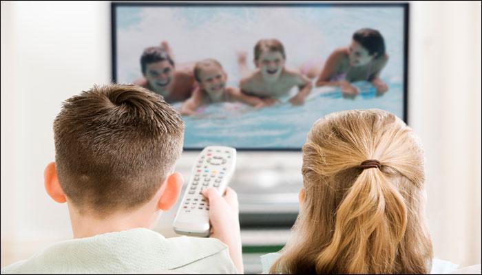 एक दिन में 15 मिनट से ज्यादा TV देखने से आपके बच्चों में खत्म हो सकती है क्रीएटिविटी