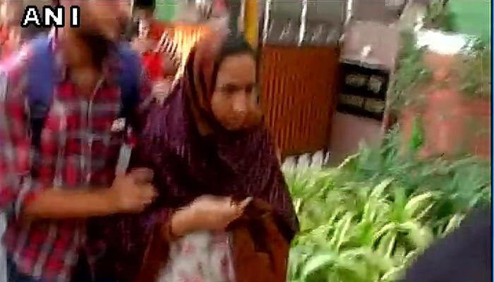 JNU के लापता छात्र नजीब की मां ने राजनाथ से मुलाकात की
