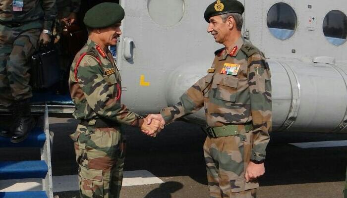 एलओसी पर सैनिकों से मिले सेना प्रमुख, सतर्क रहने को कहा