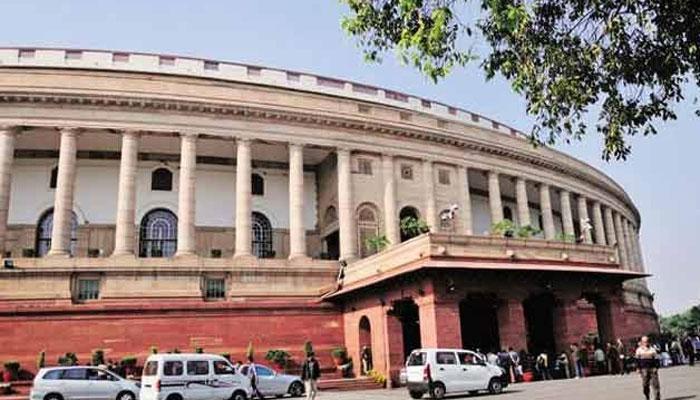 नोटबंदी मुद्दे पर विपक्ष का हंगामा, संसद की कार्यवाही दिन भर रही बाधित
