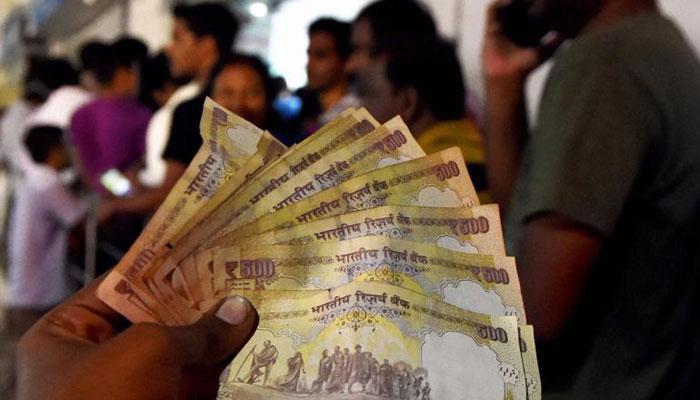 पेट्रोल पंप और एयर टिकटों की बुकिंग में भी 2 दिसंबर के बाद नहीं चलेंगे 500 रुपए के पुराने नोट