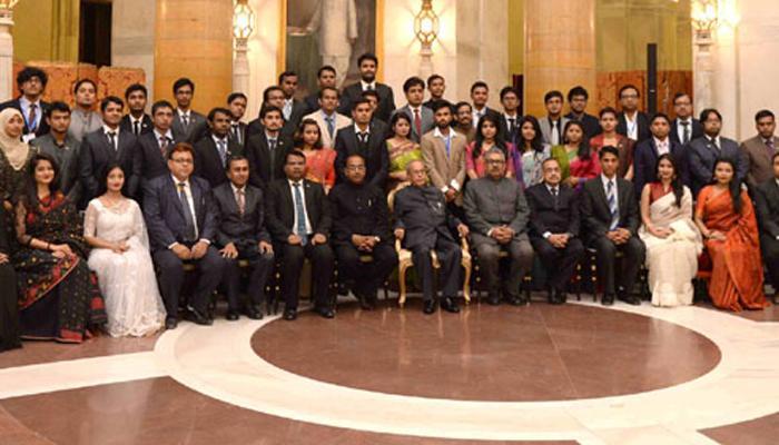 भारत, बांग्लादेश के लोग साथ चलें, मिलकर काम करें : राष्ट्रपति