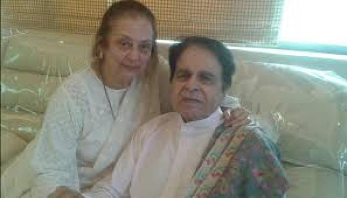 दिलीप कुमार की सेहत में सुधार: सायरा बानो