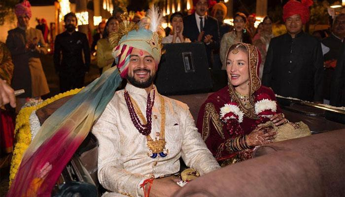 अरुणोदय सिंह ने ली एल्टन से रचाई शादी