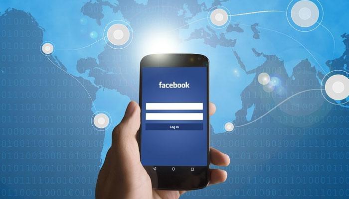 Facebook का यूजर्स को तोहफा, एक साथ 50 लोग कर पाएंगे VIDEO चैट, जानिए कैसे?