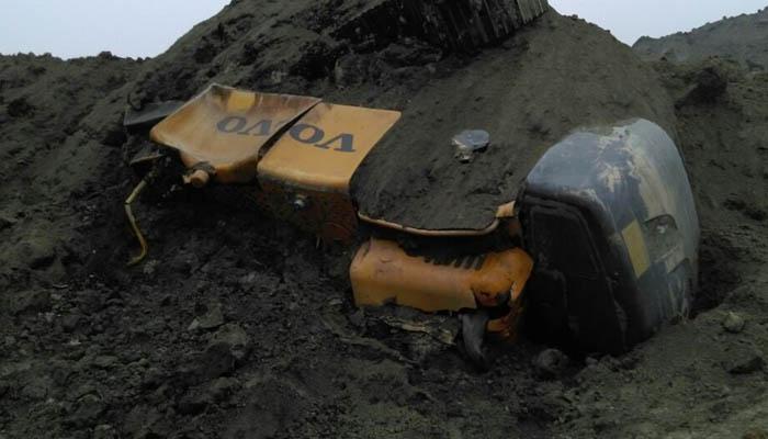 झारखंड में कोयला खदान धंसी, 50 मजदूर फंसे; सात शव निकाले गए