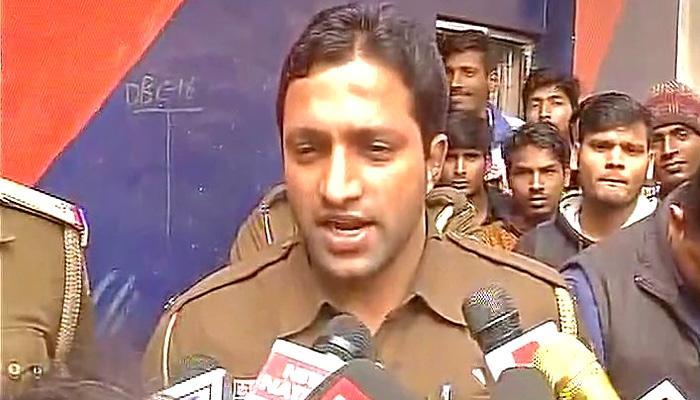 बेंगलुरू की घटना की तरह ही दिल्ली में भी महिला से छेड़छाड़ की कोशिश