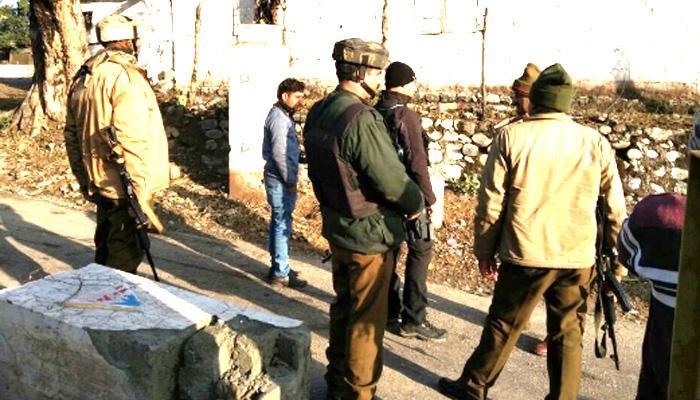 LoC के पास जम्मू-कश्मीर के अखनूर में इंजीनियरिंग फोर्स के कैंप पर आतंकी हमला, 3 लोगों की मौत