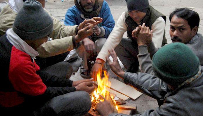दिल्ली में आज सीजन का सबसे ठंडा दिन, न्यूनतम तापमान 4.2 डिग्री सेल्सियस