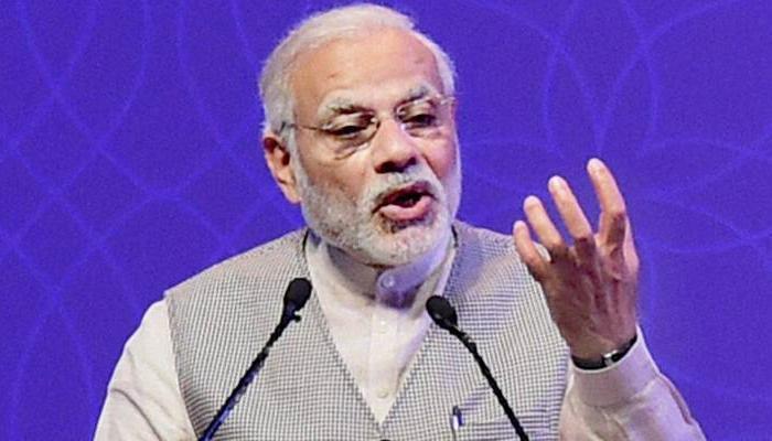 PM मोदी ने युवाओं से कहा- कालाधन ने राष्ट्र को बर्बाद किया है, इसके खिलाफ लड़िये