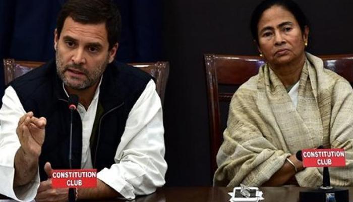 खादी कैलेंडर विवाद पर राहुल, ममता ने मोदी पर साधा निशाना