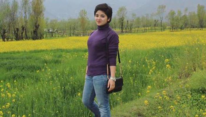 बॉलीवुड की मशहूर हस्तियां जायरा वसीम के समर्थन में आईं
