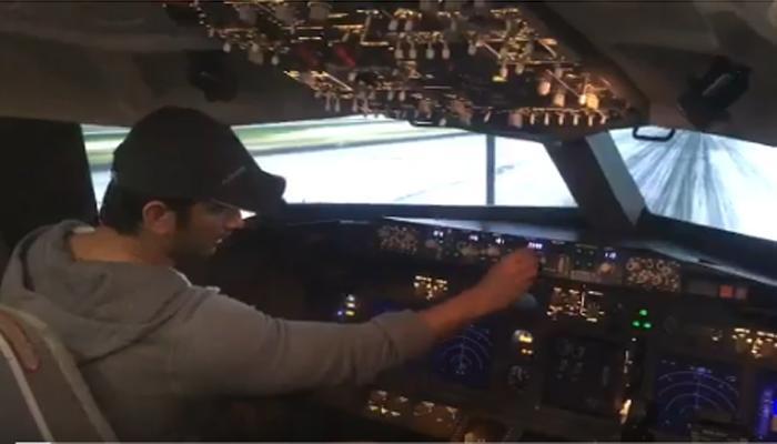 'चंदामामा दूर के': सुशांत सिंह की ट्रेनिंग शुरू, उड़ाया बोइंग 737