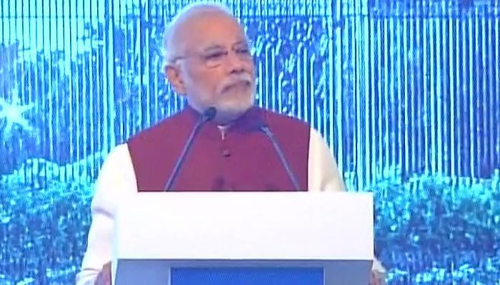 'रायसीना डायलॉग' : पीएम मोदी ने कहा-पाकिस्तान अगर भारत के साथ वार्ता चाहता है तो उसे आतंकवाद का रास्ता छोड़ना पड़ेगा