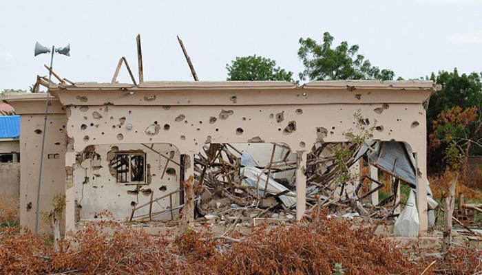 नाइजीरियाई वायुसेना ने गलती से शिविर पर गिराया बम, 100 से ज्यादा की मौत