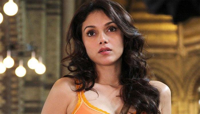 संजय दत्त की फिल्म 'भूमि' में अदिति राव हैदरी निभाएंगी प्रमुख भूमिका