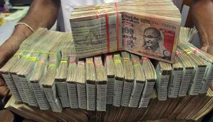 कर्नाटक के मंत्री, महिला कांग्रेस प्रमुख के परिसरों पर छापा, मिले 162 करोड़ रुपए